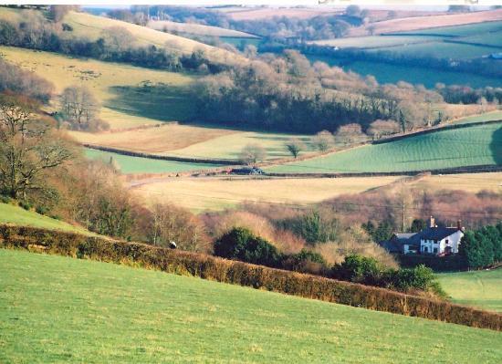 Lodfin Farm Bed & Breakfast: Valley View