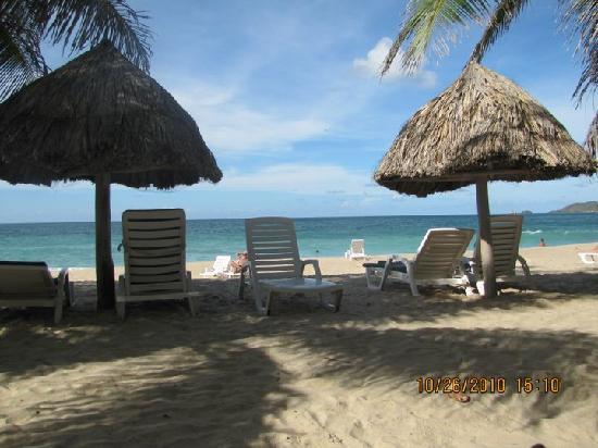 Dunes Hotel & Beach Resort: playa