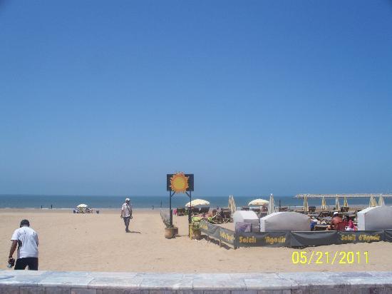 Tagadirt Hotel: view at the beach