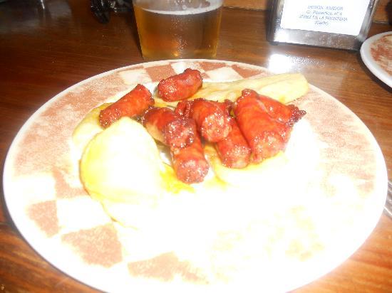 Meson del Asador: Kids small chorizo's and chips!