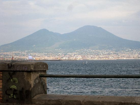 B&B Casa Mira Napoli : Vesuvius
