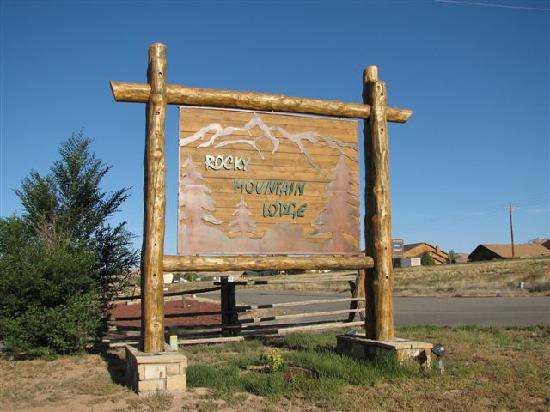 Rocky Mountain Lodge: Greetings