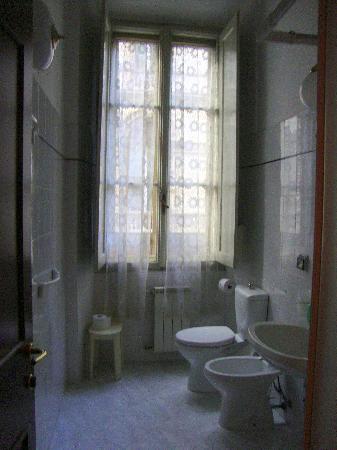 Tourist House Duomo: bathroom