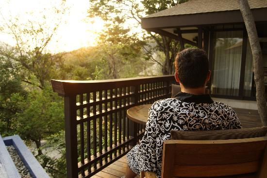Banyan Tree Cabo Marqués: Sunrise and a nespresso