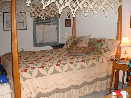 Churchtown, PA: Beautiful bed and linens
