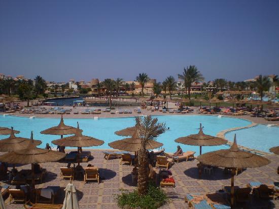Dana Beach Resort: View from hotel reception