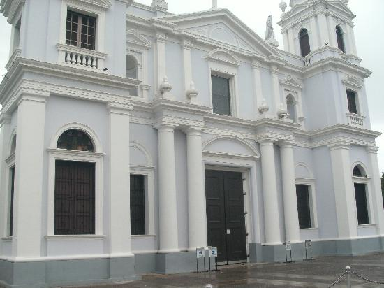 Hotel Melia Ponce: Near The Cathedral