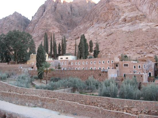 St. Catherine's Monastery Guesthouse: Guest House nestled against Monastery walls