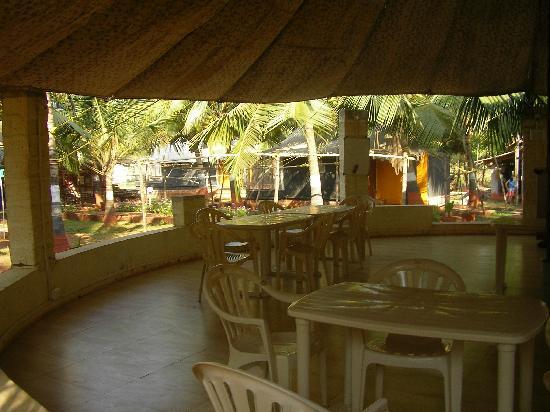 Tranquillity Beach Resort : restaurant