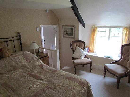 Tudor Cottage: Selworthy Room