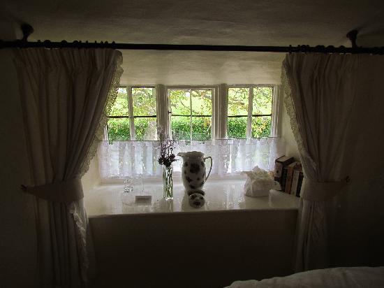 Tudor Cottage: Bossington Room