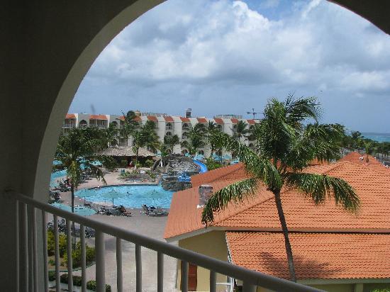 La Cabana Beach Resort & Casino : View of the pool area