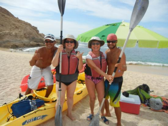 Cabo Outfitters : Having a great time with Ismael & Kiki!
