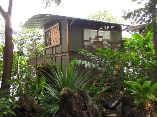 Jicaro Island Ecolodge Granada : Our cabina
