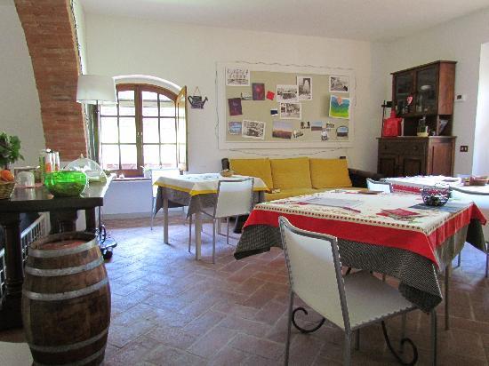 A Casa di Olivo: Breakfast area