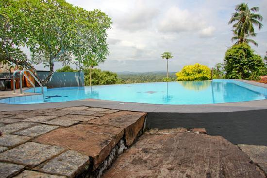 Ladyhill Restaurant: Good hotel in Galle town
