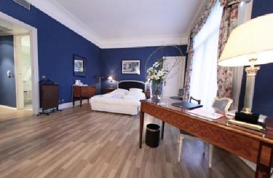 Carlton Hotel : Suite Junior