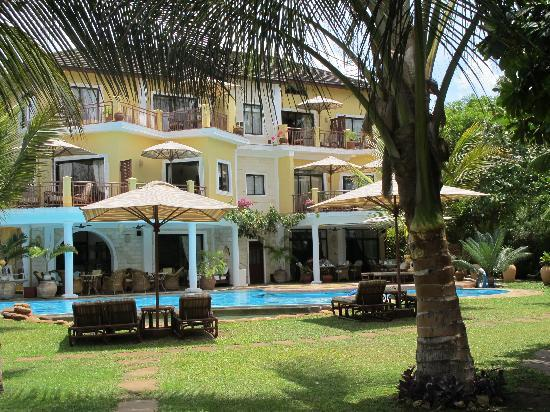 AfroChic Diani: The house itself