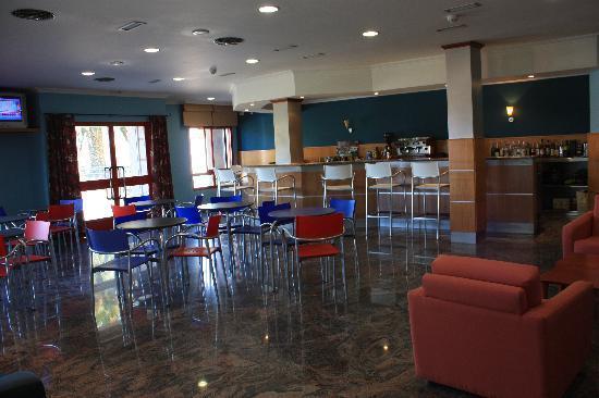 Acquamaris Hotel: Cafetería