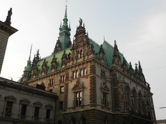 Town Hall: Rathaus building