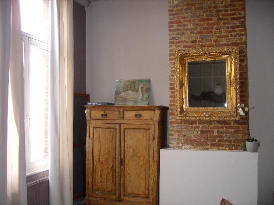 De Groene Maan: Nicely decorated bedroom no.1