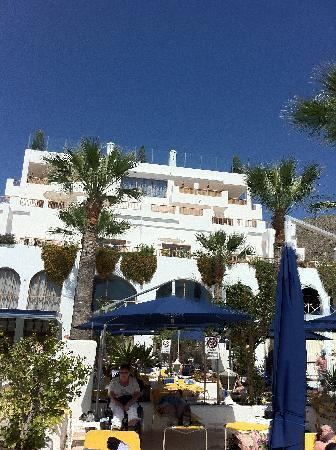 Hotel Mar y Sol : rooms with terrasses