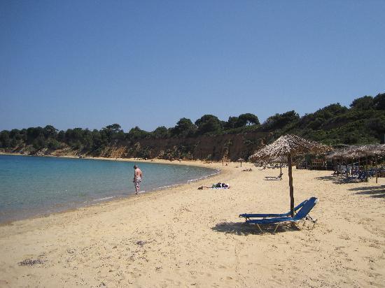 Sergio's Apartments: Mandraki Beach