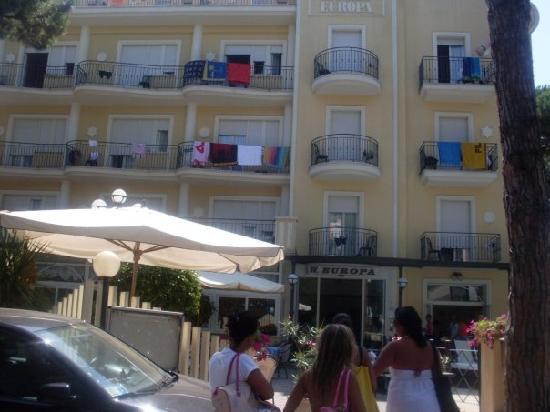 H. Europa : vista sul albergo