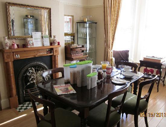 Cranmoor House: Breakfast room
