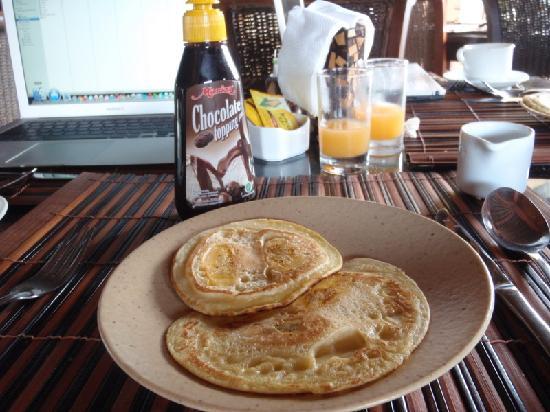 Putu Bali Villa and Spa: Banan pancakes