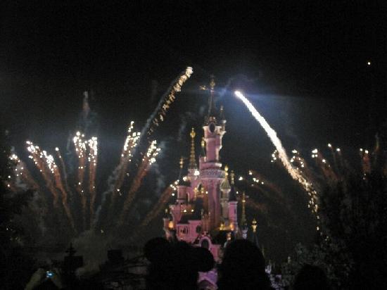 Disneyland Paris : disneyland
