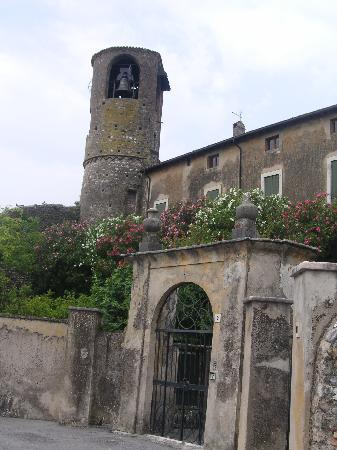 Casa In Castello Maison de Charme B&B: Il campanile del Borgo