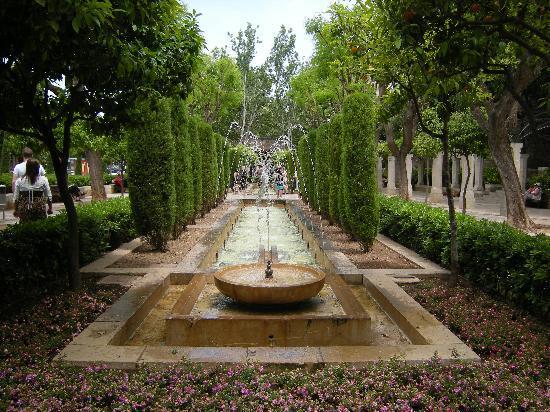 Hotel Tropico Playa: PALMA CATHEDRAL GROUNDS