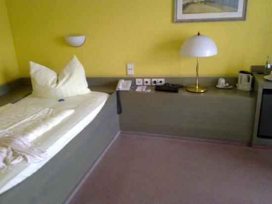 Garden Hotel: Habitación individual 2
