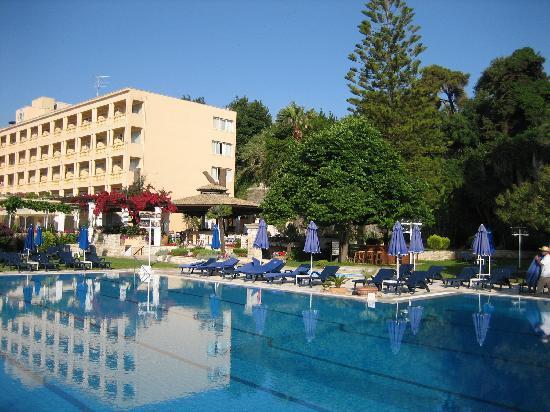 Corfu Palace Hotel : Pool area