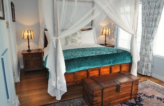Beach House B&B: Luxurious & spacious king bedrooms