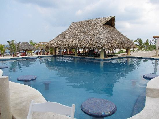 Mr. Sancho´s Beach Club Cozumel: another view of pool