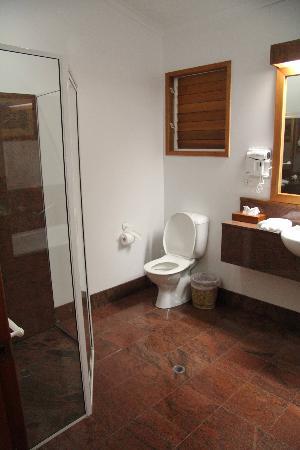 Kewarra Beach Resort & Spa: Regular bathroom
