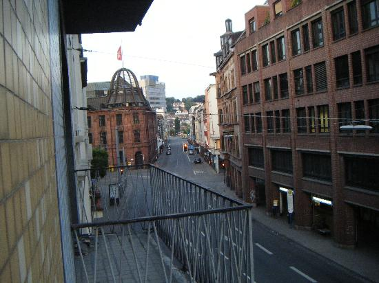 Continental Hotel Saarbrücken: Room with a view??!!