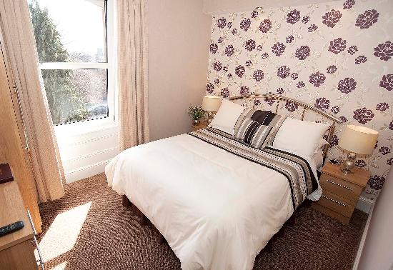 Albany House: double room