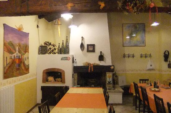 Smerillo, Italien: Wonderful food served here!