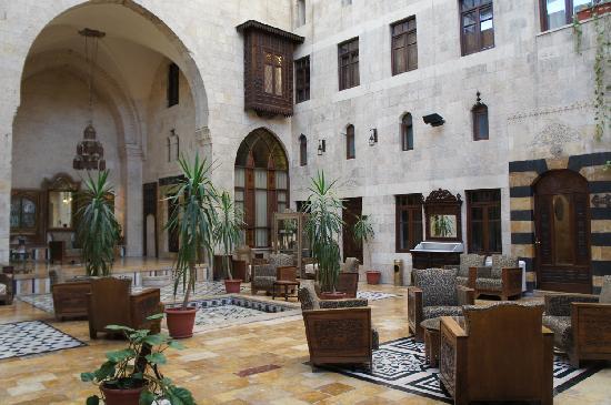 Martini Dar Zamaria Hotel: patio