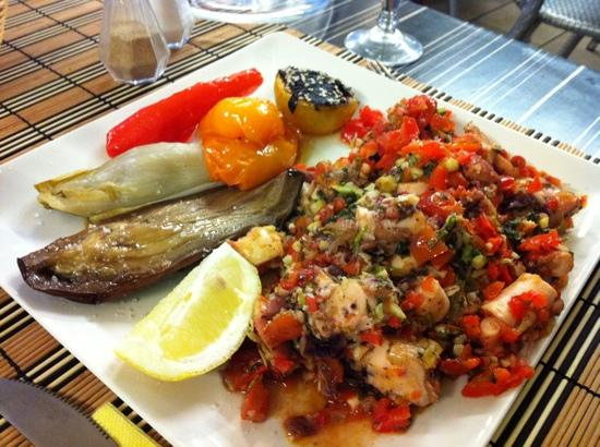 Red Sea : seafood salad suggested by owner
