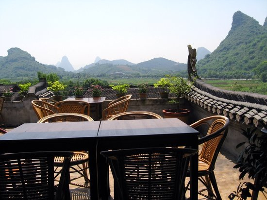 Luna Cafe Yangshuo: View from Restaurant Rt