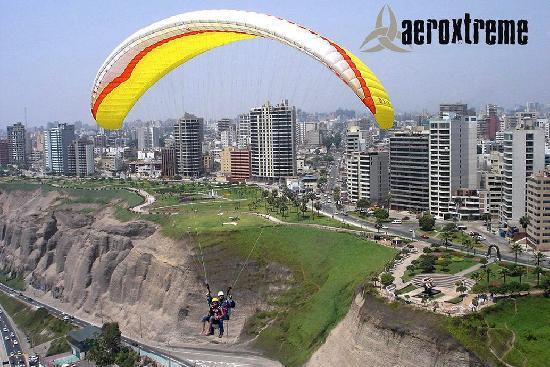 Aeroxtreme Escuela de Parapente: Paragliding Tandem Flight