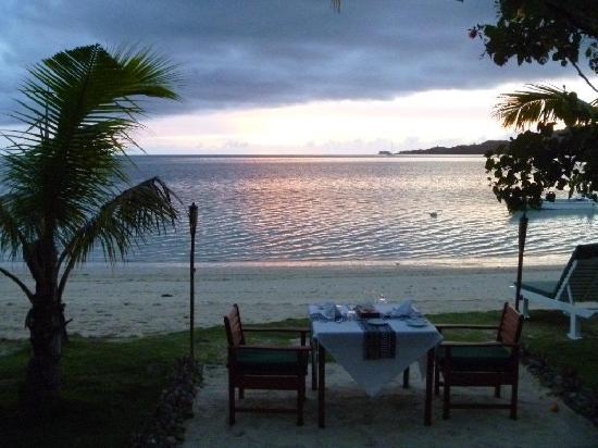 Lomani Island Resort: Sunset Dinner