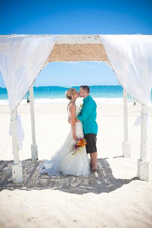 Hosteria Del Mar : A couple's fav to tie the knot!