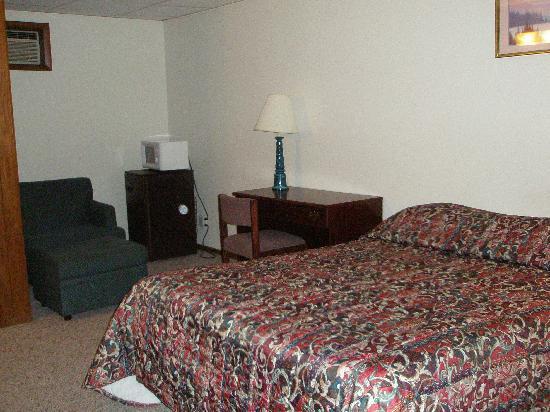 Alaskan Inn & Suites