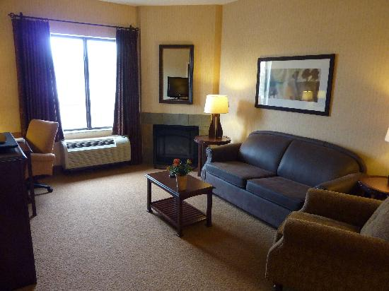 Hampton Inn & Suites Tahoe-Truckee : Suit Lounge area