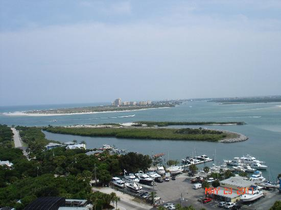 Ponce Inlet, ฟลอริด้า: View from the walkway at the top